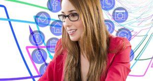 Facebook Stories i nowe funkcje. Media społecznościowe przeciw demokracji. Jak korzystać z Linkedin. Dalej o aferze Facebookowej