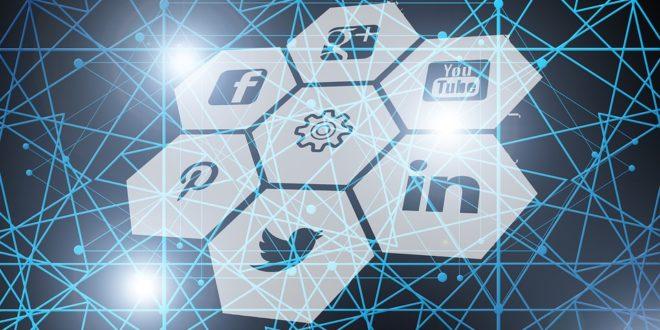 Snapchat wprowadza grupowe wideorozmowy. Co jeszcze zapisywał Facebook Facebook wprowadza dodatkowe informacje w newsfeedzie.