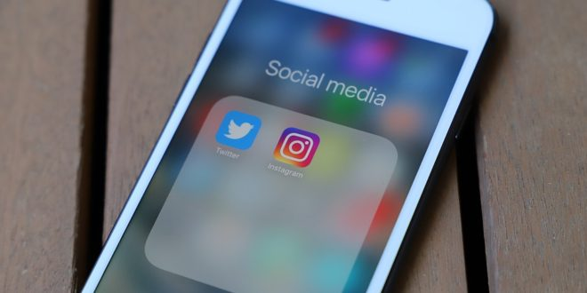 Niebezpieczny fake news! Ankiety w wiadomościach prywatnych na Instagramie. WhatsApp i FakeNewsy. Facebook ma system oceny użytkowników