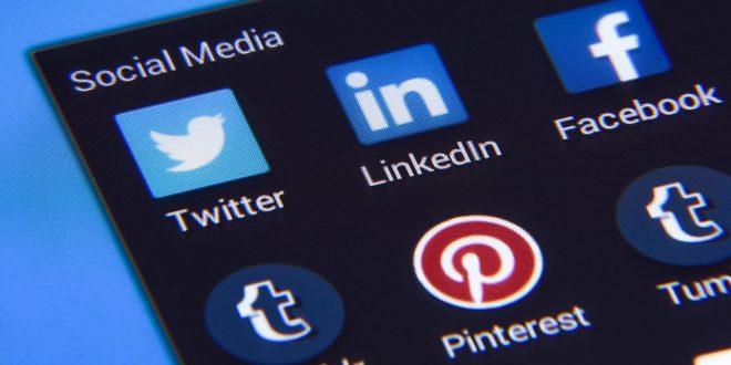 Wiadomości głosowe w aplikacji mobilnej LinkedIn. Facebook, testy platformy do randkowania. Jak zwiększyć liczbe odbiorców na Facebooku Skype pozostaje