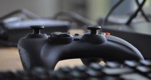 Uwaga, znaleziono lukę w konsoli PlayStation 4 pozwala ją zawiesić. 29 mln kont użytkowników Facebooka zagrożone! SMS-y proszące o dopłatę 1 PLN