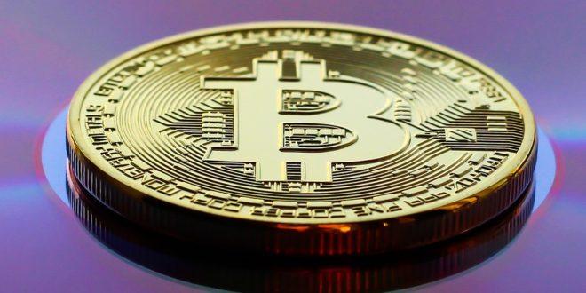 """46% Polaków chce kupić kryptowaluty! Bitcoin porównywany do """"Amazona, bańki z lat 90-tych"""". Arabia Saudyjska wprowadzi własną kryptowalutę"""
