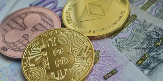 Bitcoin traci na wartości, aż 20% w tydzień. Przyczyna spadków wartości Bitcoina. Thomas Lee obniża prognozę ceny Bitcoina. Coinbase i świat finansów