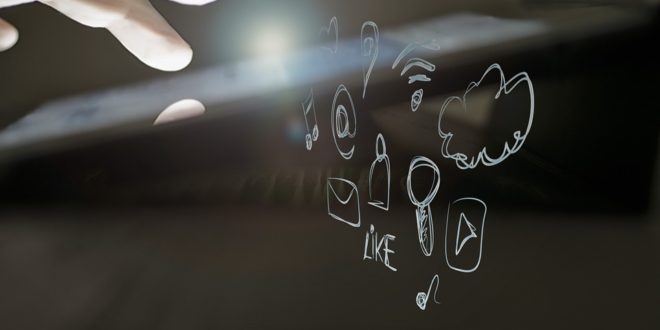 Zostałeś wylogowany z Facebooka? Mapy Google z #hasztagiem. Facebook odwołanie po zablokowaniu konta. Grupy odbiorców na Facebooku