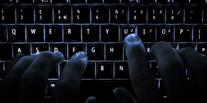 """Ile zarabiają Cyberprzestępcy Nowe oszustwo """"na BLIK"""". Cyberszpiedzy atakują ambasady! Ostrzegamy przed sklepem Odlootowy.pl"""