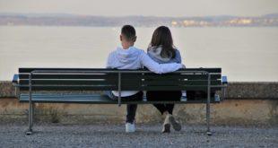 Facebook Dating i internetowe randkowanie. Facebook blokuje osoby zgłaszające fałszywe konta. TikTok zamienia filmy użytkowników w reklamy