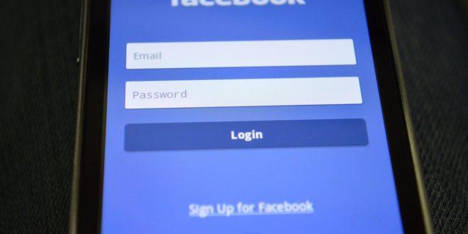 Jak prowadzić grupy na Facebooku Facebook News - nowa sekcja. Czy Facebook będzie kontrolował nasze zdrowie Łączymy dwie strony fanpage