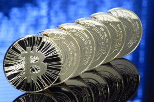 Microsoft ostrzega przed wirusem kradnącym kryptowaluty. Bitcoin dobrą inwestycją. Do końca roku Bitcoina po 10 000 USD! Black Friday na kryptowaluty