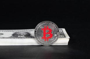 Plus Token i OneCoin i spadki na Bitcoinie Twitter przejdzie na blockchain. Teraz jest najlepszy moment na zakup BTC. Bitcoin lepszy niż giganci...