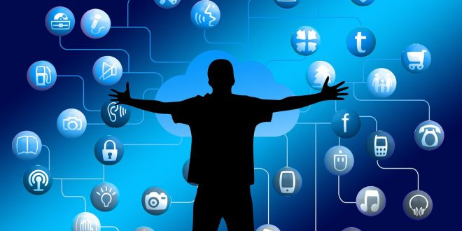 Czy Messenger połączy się z Instagramem? Silna konkurencja dla TikToka? Likee! YouTube trafia na smartfony z nowymi funkcjami